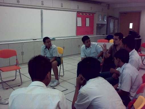 All eyes and ears on cikgu Danial's sharings.